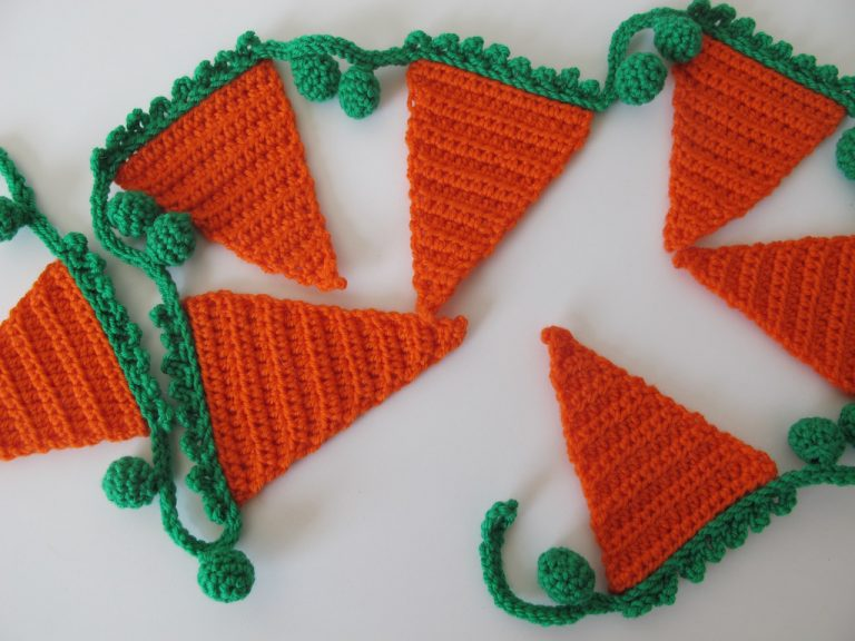 Carrots and Peas Bunting from Etsy shop