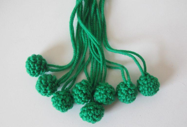 Bunch of crocheted peas
