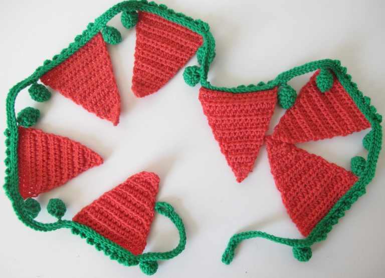 Carrots & peas bunting finished