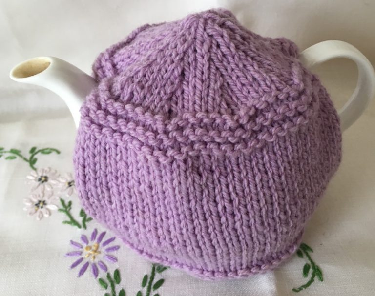 Simple one-cup teapot tea cosy