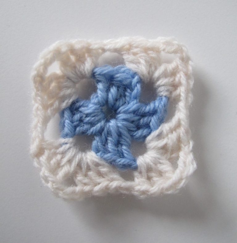 Second step of Granny Square