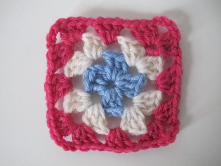 Step 3 of granny square