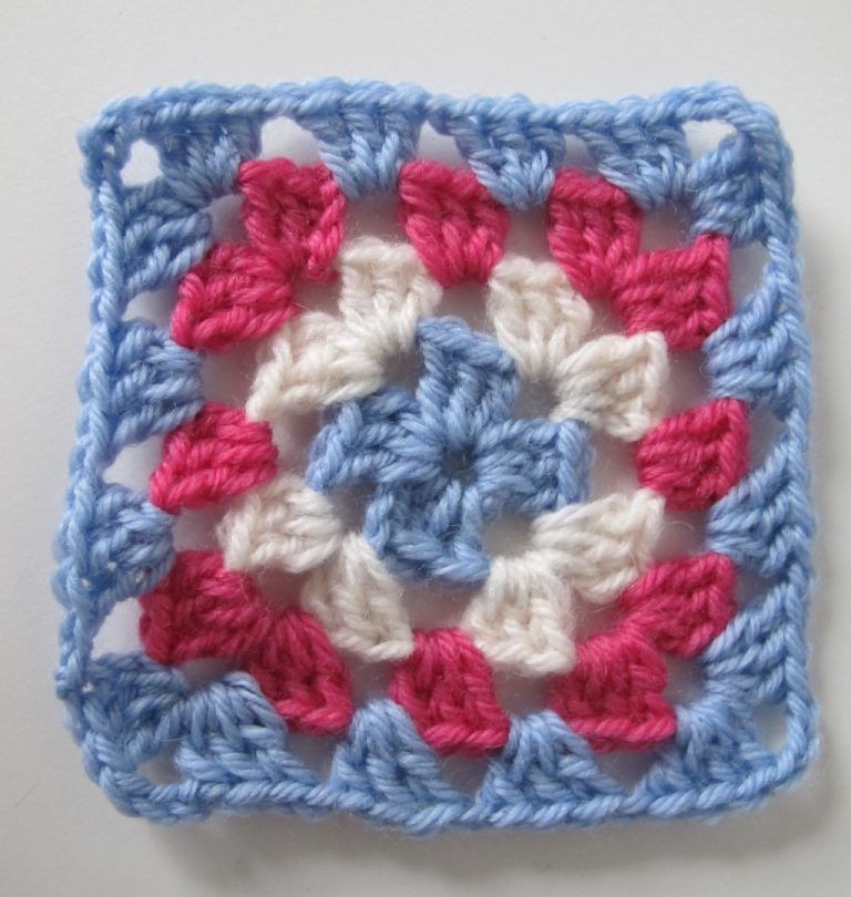 Step 4 of basic granny square