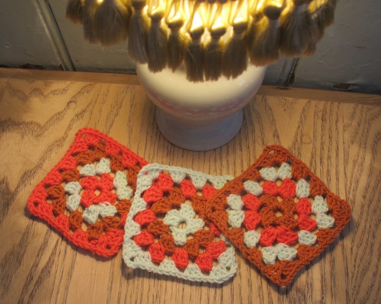 Retro style lamp and trhee granny squares