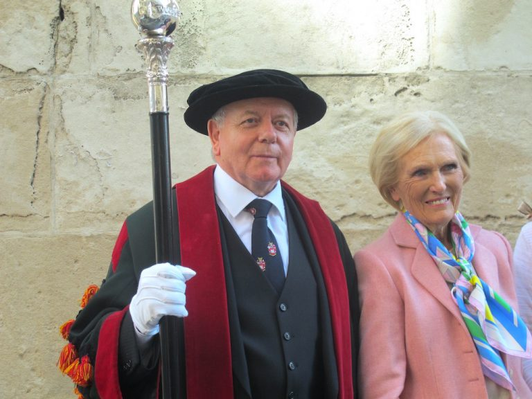 Mary Berry and a Guildman opening the Wool Fair in London Bridge