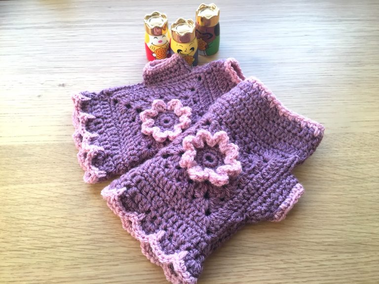Mauve/pink Flora crochet fingerless gloves
