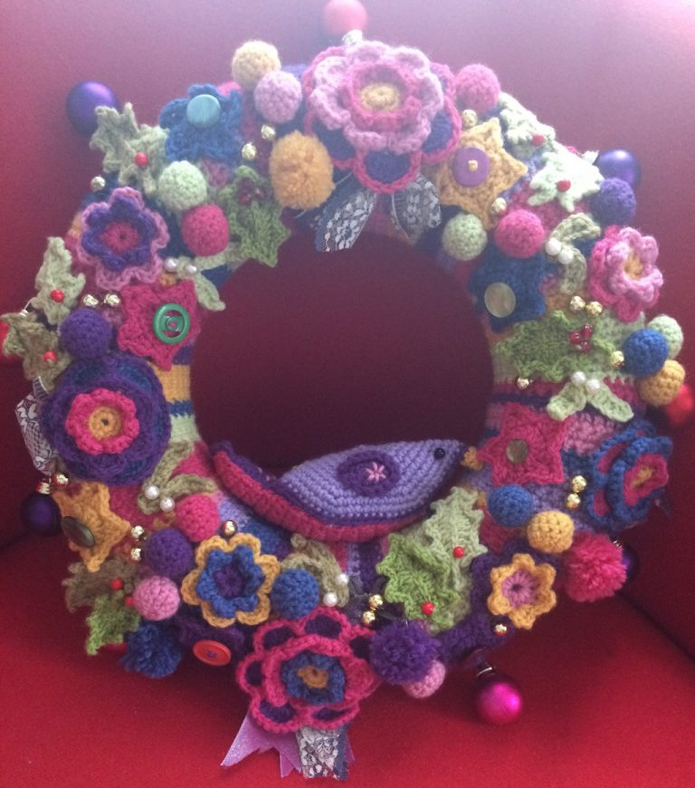 Crochet Christmas wreath