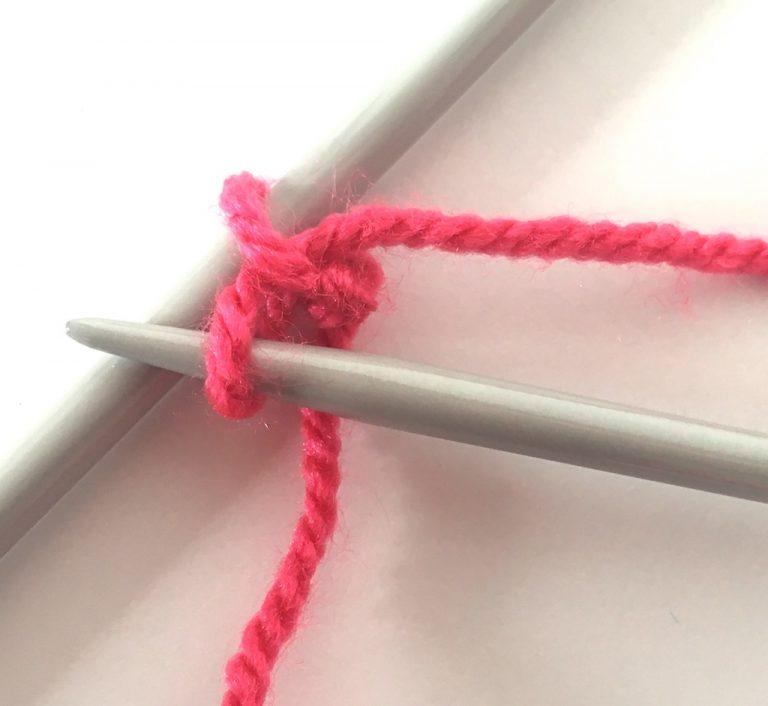 Knit cast on step4