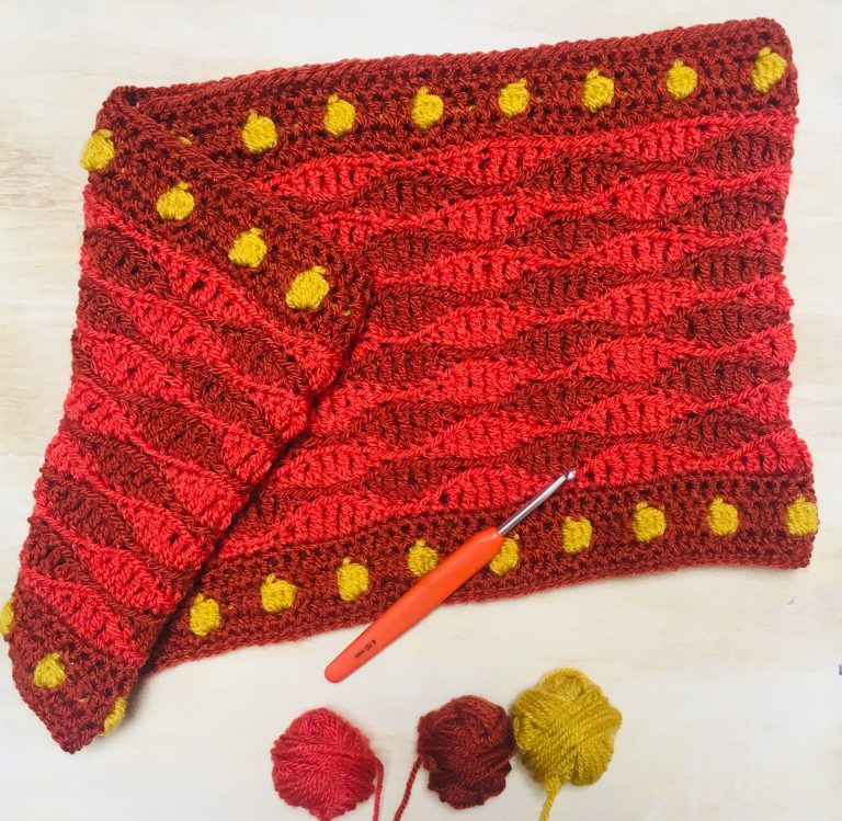 Fallen Leaves Autumn Cowl alternative colourway